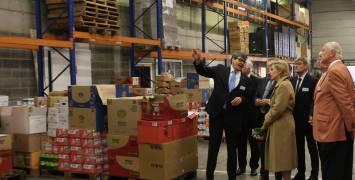 Hoog bezoek bij de voedselbank van West-Vlaanderen en Food Act 13