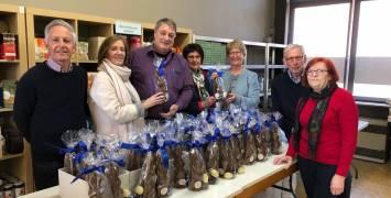 Overhandiging van de Paaspakketten door Rotary Club Brugge